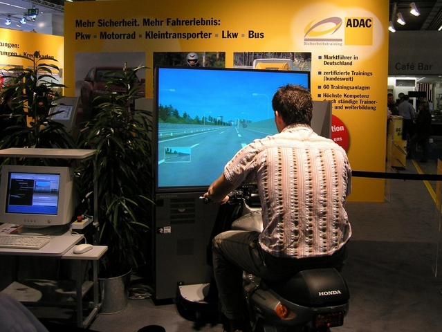 Motorradsimulator Fun &  Safety Riding Trainer mieten