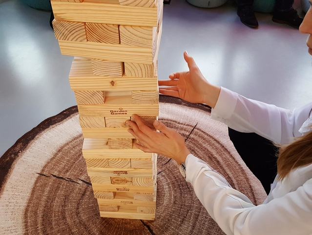 Jenga XXXL Balance Tower