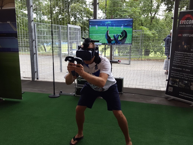 VR Game Arena Final Goalkeeper Fußballsimulator (VR Virtual Reality Simulator mieten. )